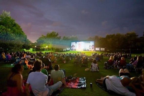 Новой Голландии откроется бесплатный кинотеатр на открытом воздухе