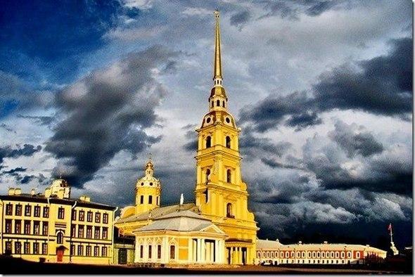 Колокольный звон в Петербурге