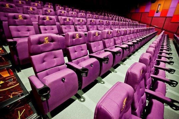 В городе открылся кинотеатр, позволяющий ощутить эффект полного присутствия в фильме