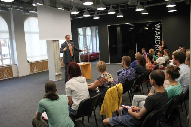 Бесплатный урок по курсу «Как открыть свой бар или ресторан в СПб»
