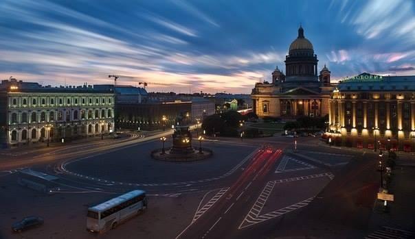 Прогулка по ночному Петербургу: 5 лучших мест