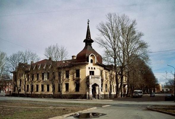 Пять удивительных заброшенных мест Петербурга