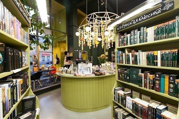 Топ-7 интересных книжных магазинов Петербурга
