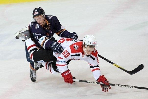 Молодежка. Чемпионат Молодежной Хоккейной Лиги
