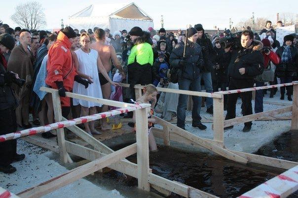 Крещенские купания в Петербурге