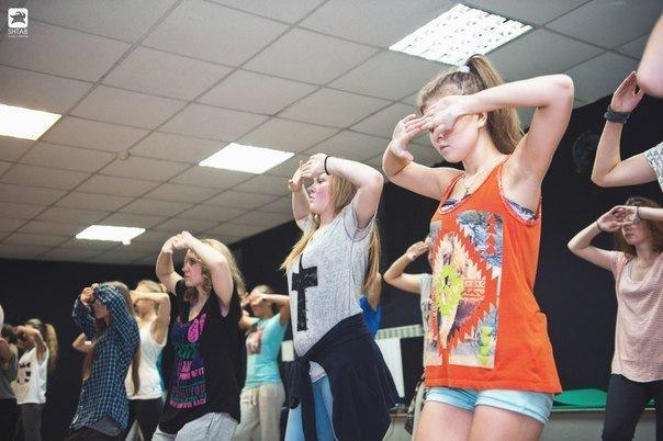 Обучение современным танцам с нуля в разных районах Санкт-Петербурга...