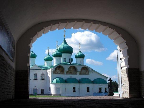 Монастыри Присвирья