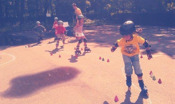Роллер школа Rekil объявляет набор в детскую группу (7-9 лет)