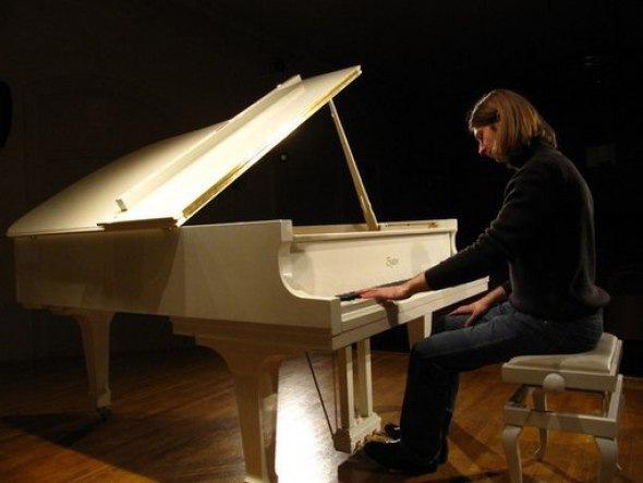 Атмосфера романтической фортепианной музыки!