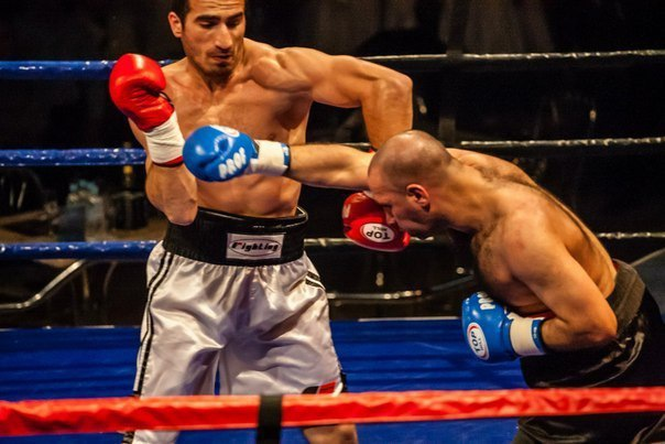 Шоу профессионального бокса «Чемпионы Возвращаются 3»