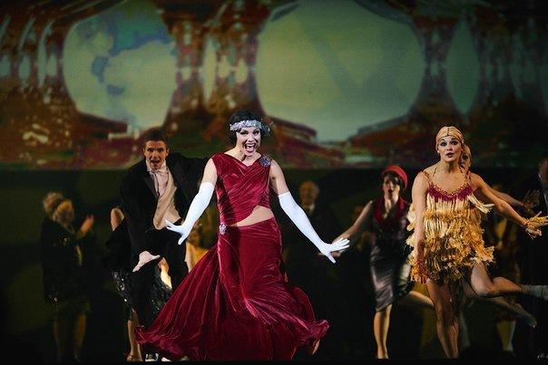 Флешмоб – самое массовое исполнение танца чарльстон