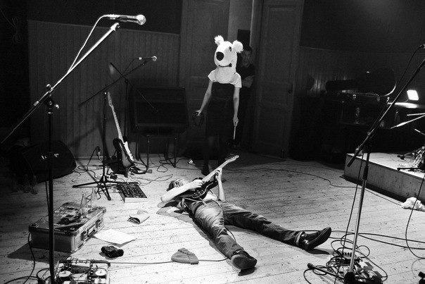 Концерт Schweinemaschinen в клубе Dada