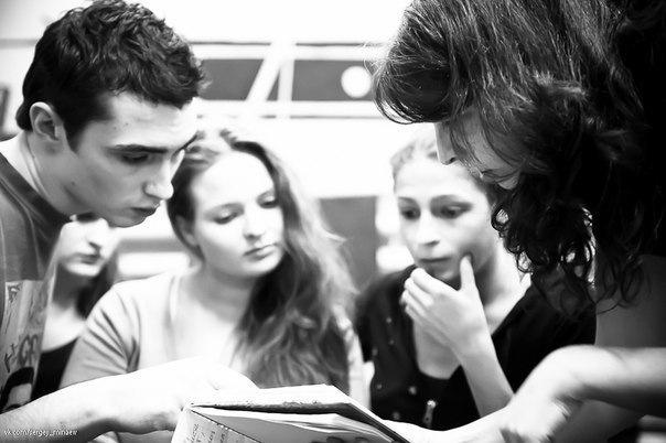Занятия в театральной школе Образ
