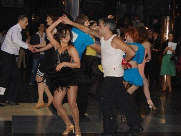 Студия танца Jamm приглашает на занятия по сальсе