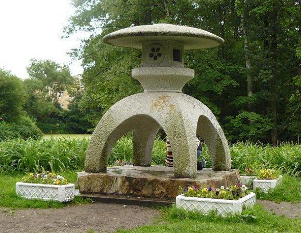 В Петербурге можно найти «иностранные» памятники - в нашем городе они представляют другие культуры. Некоторые памят...