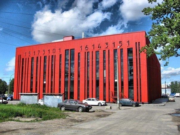 Прогулка вокруг станций «Пролетарская» и «Ломоносовская»