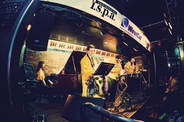 Топ-9 мест Петербурга, где слушают джаз
