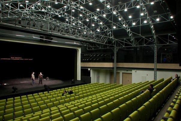 Как сходить в лучшие театры города с отличной скидкой