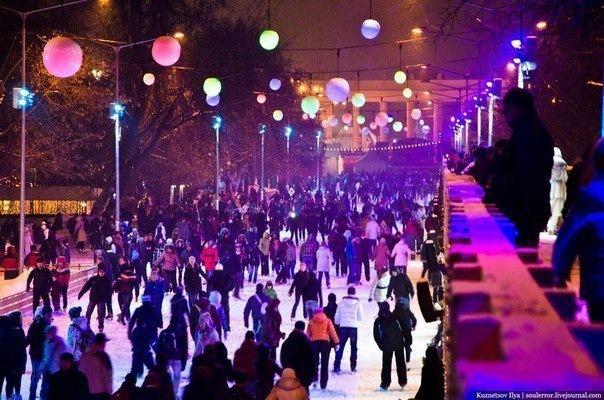 11 катков Питера, где можно ночью покататься на коньках