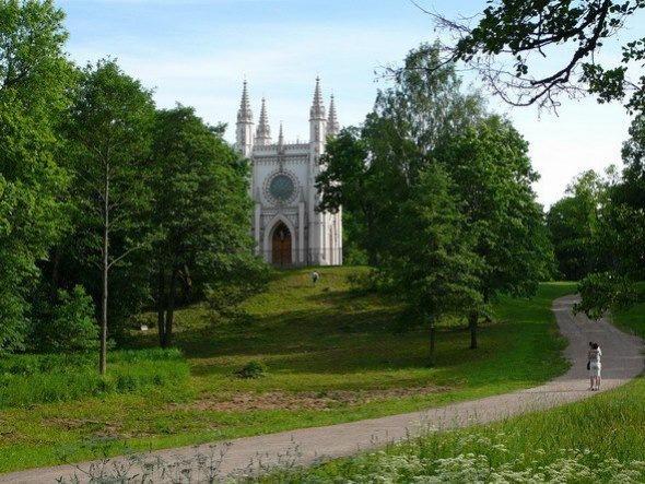 Парки под Петербургом для летних прогулок