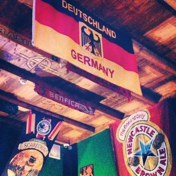 Лучшие кафе и бары рядом с Петербургом