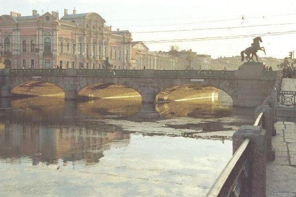 Прогулка по набережным Петербурга