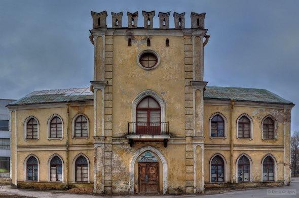 50 готических адресов Петербурга и пригородов