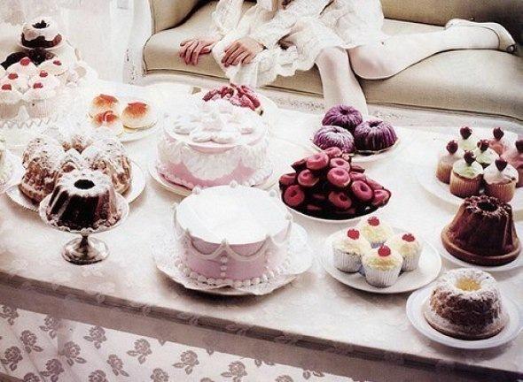 Топ-11 кафе Петербурга для сладкоежек