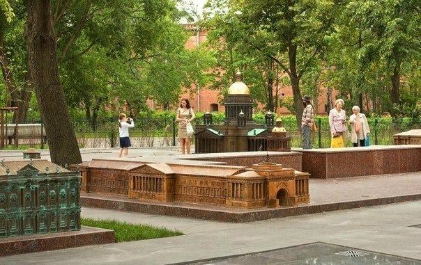 Топ-10 самых необыкновенных достопримечательностей Петербурга