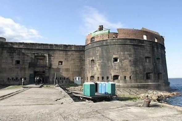 10 фортов вокруг Кронштадта