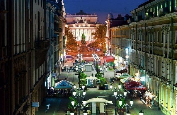 Самые необычные улицы Петербурга