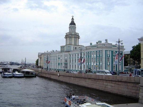 Прогулка по космическим местам Петербурга: 11 мест