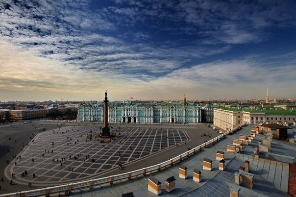 Самые знаменитые и самые красивые площади Петербурга, которые стоит посетить...