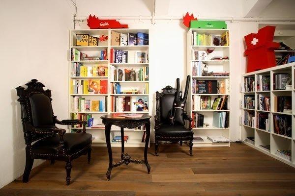 Топ-5 интересных книжных магазинов