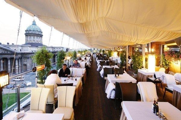3 романтичных ресторана в Петербурге