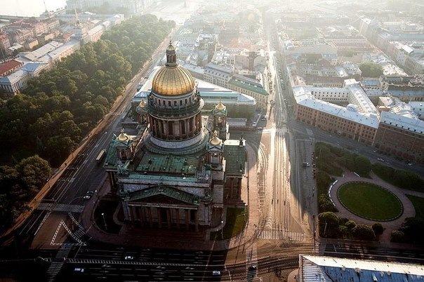 → Десять занимательных фактов о Петербурге
