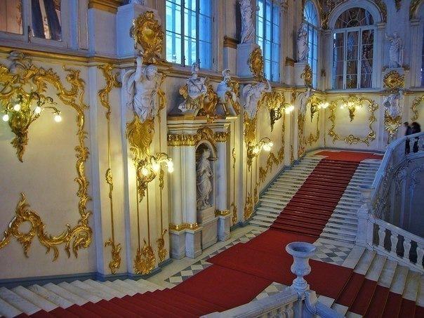 Режим работы самых известных и интересных музеев, парков, мест Петербурга...