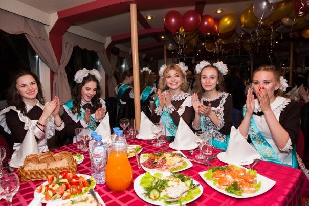 Петербургские родители обсудили варианты выпускных в 2018 году