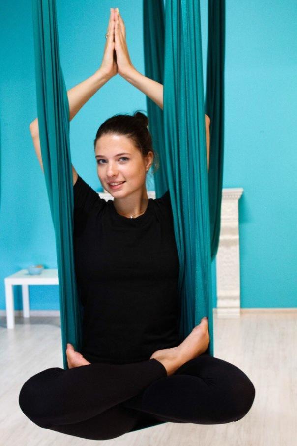 Почувствуйте гармонию тела, уже через 4 занятия на йоге в гамаках