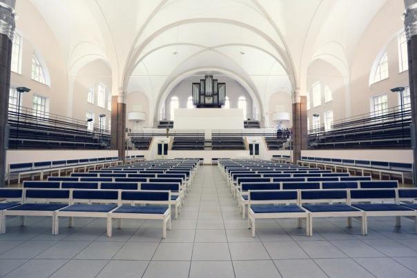 В кафедральном соборе Petrikirche пройдет необычный концерт - Битва Клавиров: Бах vs. Бетховен