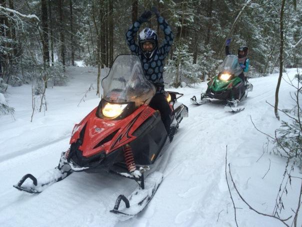 Аренда снегоходов, квадроциклов, багги и мотоциклов по живописному лесному маршруту
