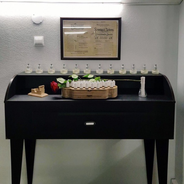 Создание индивидуального аромата вместе с парфюмерным баром Nikkos Oskol Fragrance