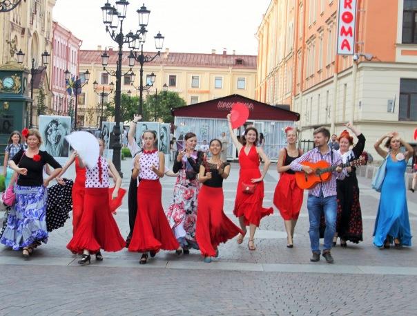 Уличный фестиваль фламенко Севильяна - всем. Бесплатные мастер-классы по фламенко/севильяне