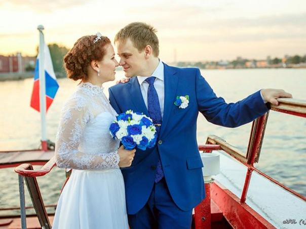 Осенняя свадьба на теплоходе в Санкт-Петербурге!