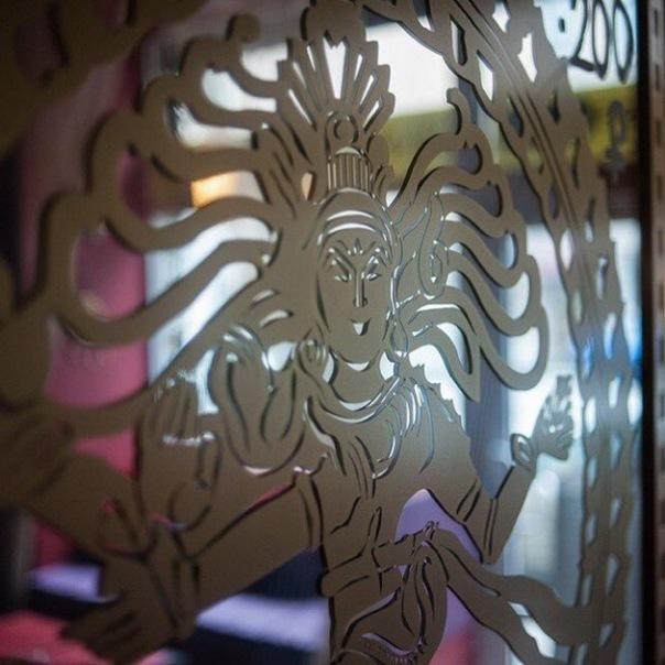 «Caf Shiva» - лучшая кальянная СПБ в самом сердце города, где всегда рады гостям.