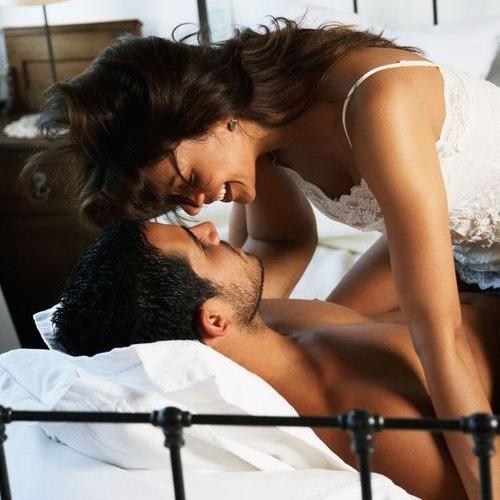 Женщинам бесплатно рассказывают, как стать лучшей девушкой его жизни на тренинге «Идеальная любовница»