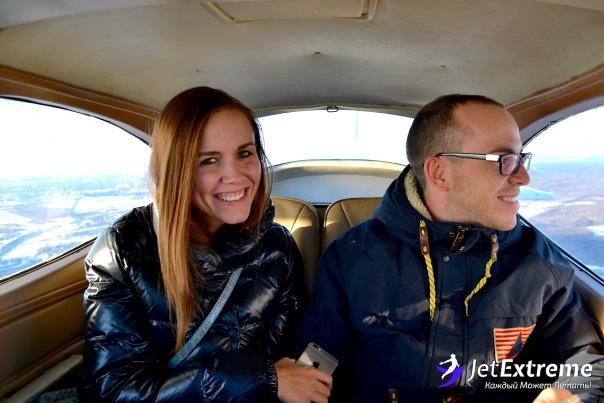 Полет на самолете по маршруту вокруг Санкт-Петербурга