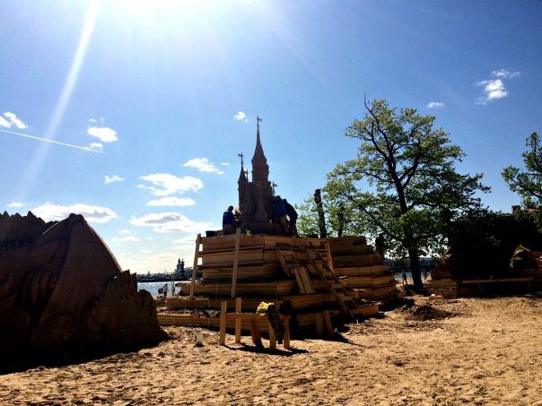 XV Международный фестиваль песчаных скульптур в Санкт-Петербурге
