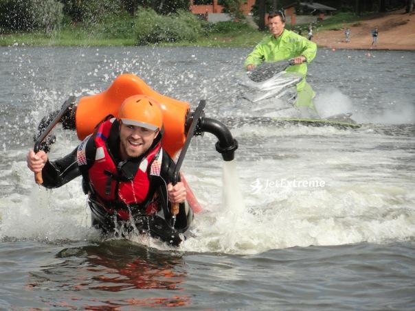 Полет на летающем водном ранце от компании Джет Экстрим