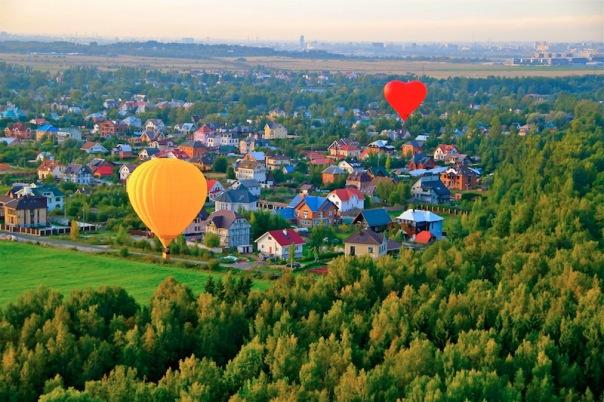 Полет на воздушном шаре в пригороде Санкт-Петербурга